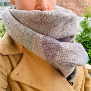 UO Palatine Acrylic Fringed Rectangle Wrap scarf
